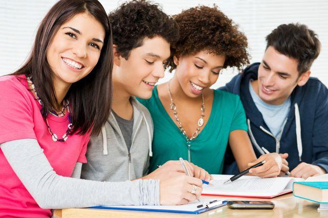 Как и где найти высшие, лучшие школы автомаляров