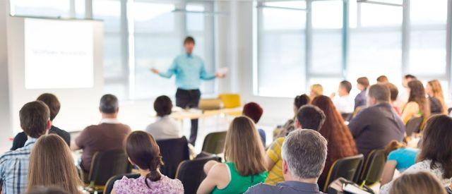Подскажите, посоветуйте центр обучения (обучающий) дизайна интерьера