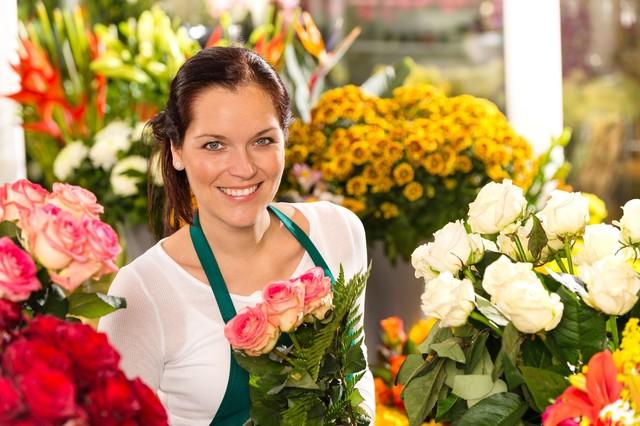 Где закончить (недельные, недолгие) курсы в колледже (техникуме), академии флористов за короткий срок.