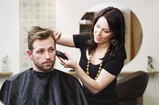 Выбираем интенсивные (быстрые) курсы в учебном заведении (комбинате упк) парикмахеров.