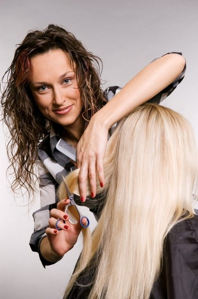 Как и где найти хорошие, современные курсы обучения парикмахеров