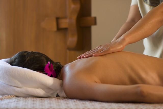 Как и где найти популярные, престижные школы массажа