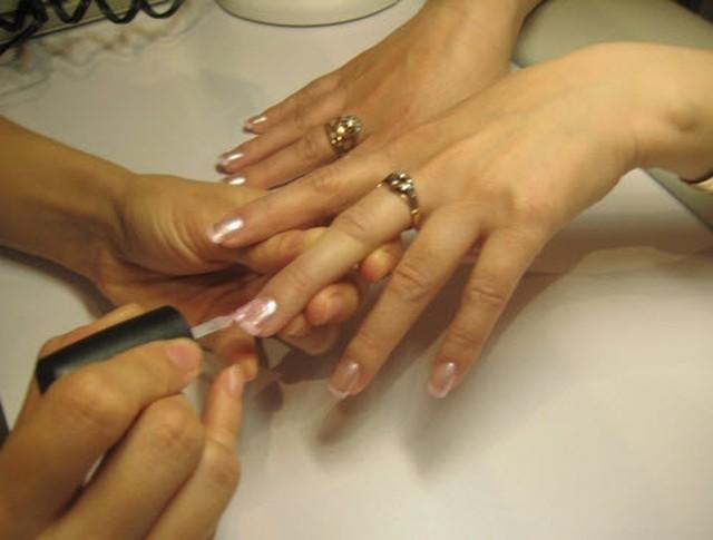Как и где окончить, закончить техникум наращивания ногтей