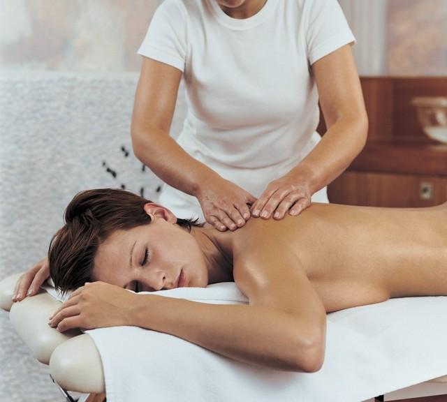 Выбираем интенсивные (быстрые) курсы в учебном заведении (комбинате упк) массажа.