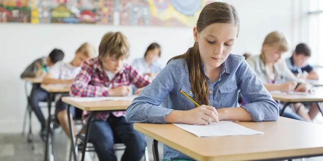 Как записать ребенка в первый класс школы