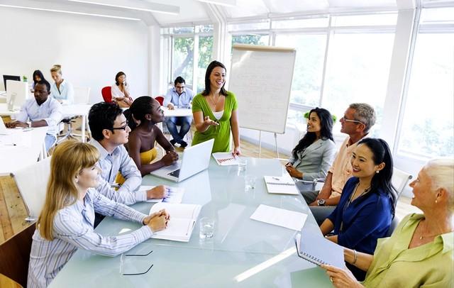 Формирование направленности на профессию учителя средствами иностранного языка