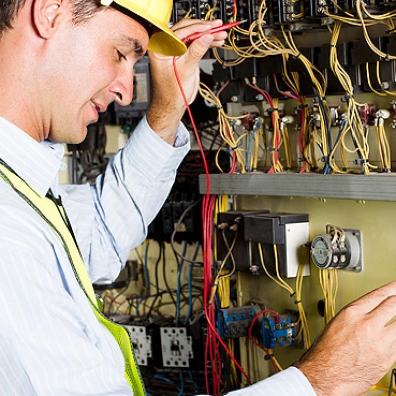 Как и где окончить, закончить учебный центр (курсы) электриков