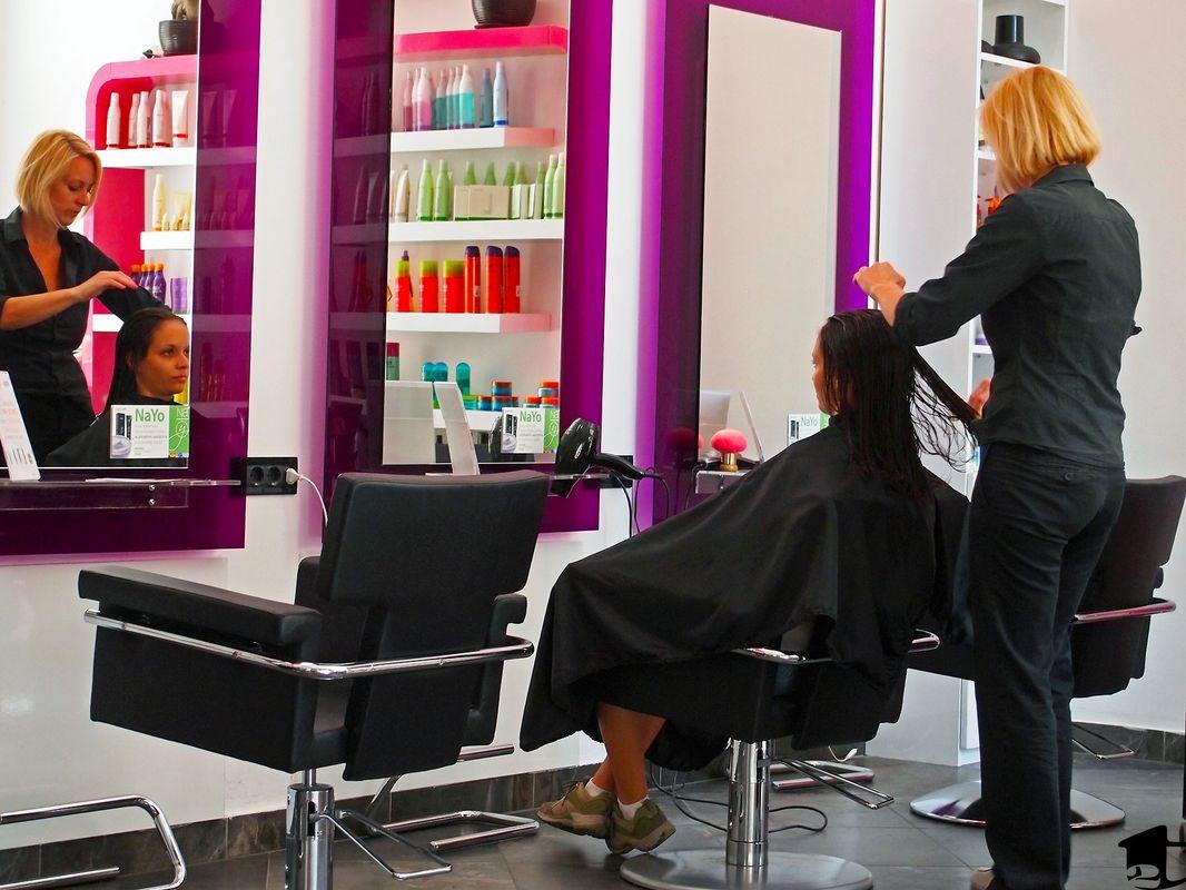 Сколько стоят платные парикмахерские курсы в колледже. Узнать цены