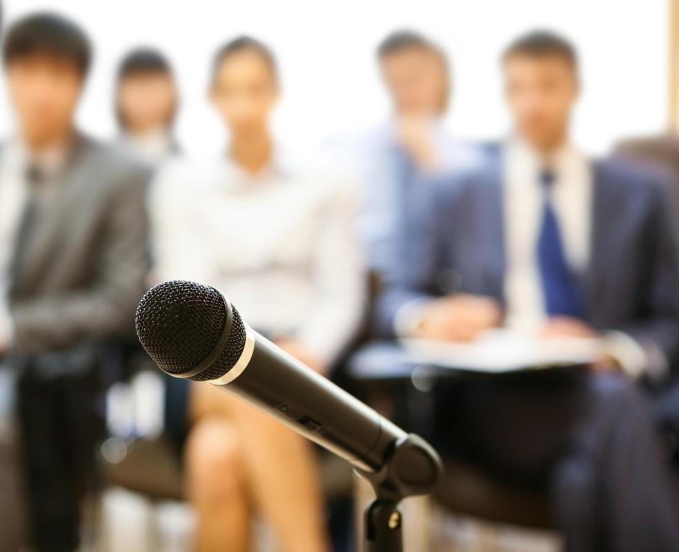 Смотреть рейтинг (топ) курсов обучения, школ ораторского мастерства