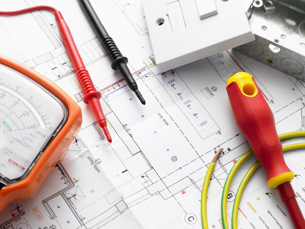 Выбираем краткосрочные, короткие курсы и мастер-классы (мк), семинары и тренинги электриков.
